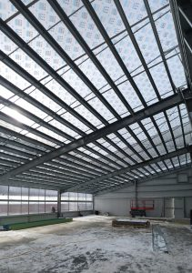 Energy-efficient steel greenhouse